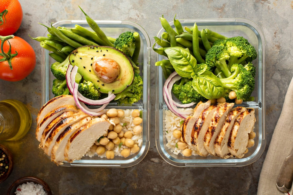 How Often Should I Eat to Lose Weight? - VASA Fitness