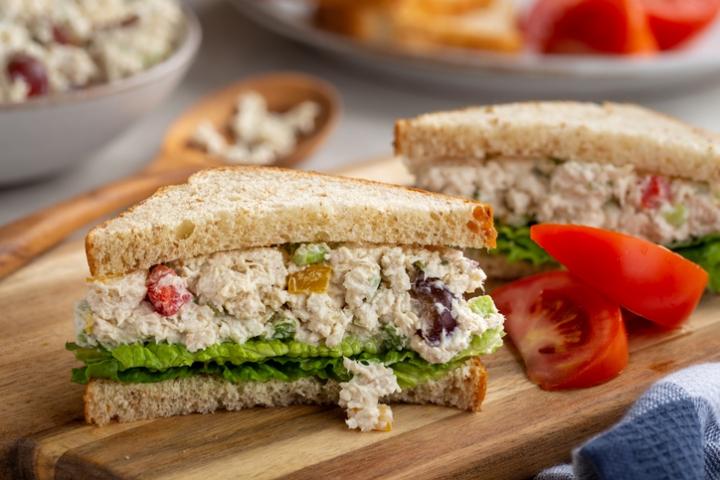 Vasa Post - Healthy Lunch On the Go: Yummy Chicken Salad